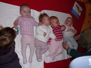 babymassage_12_08_20090116_1850793735