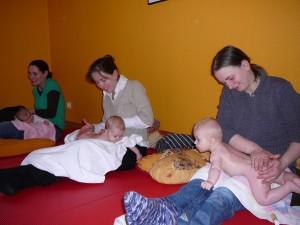 babymassage_januar_2010_20100219_1081256676