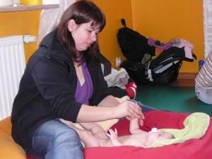 babymassage_januar_2010_20100219_1555617247